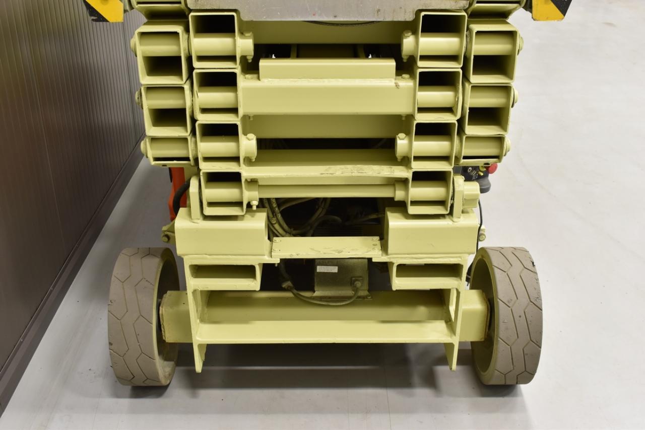 10011 JLG 2646ES - AKU, 2007, zánovní - 437 mth