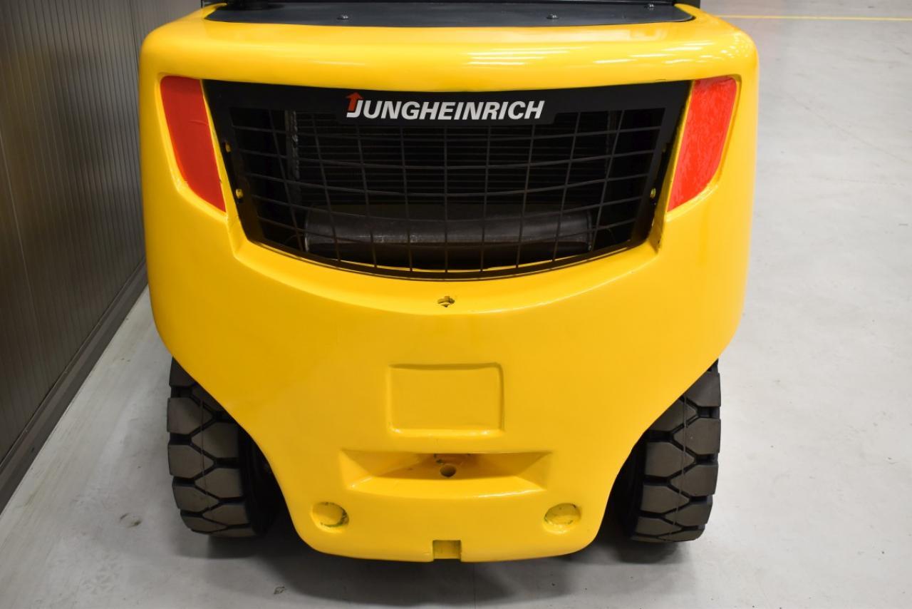 25855 JUNGHEINRICH DFG 435 S - Diesel, 2011, semi-cabin, SS