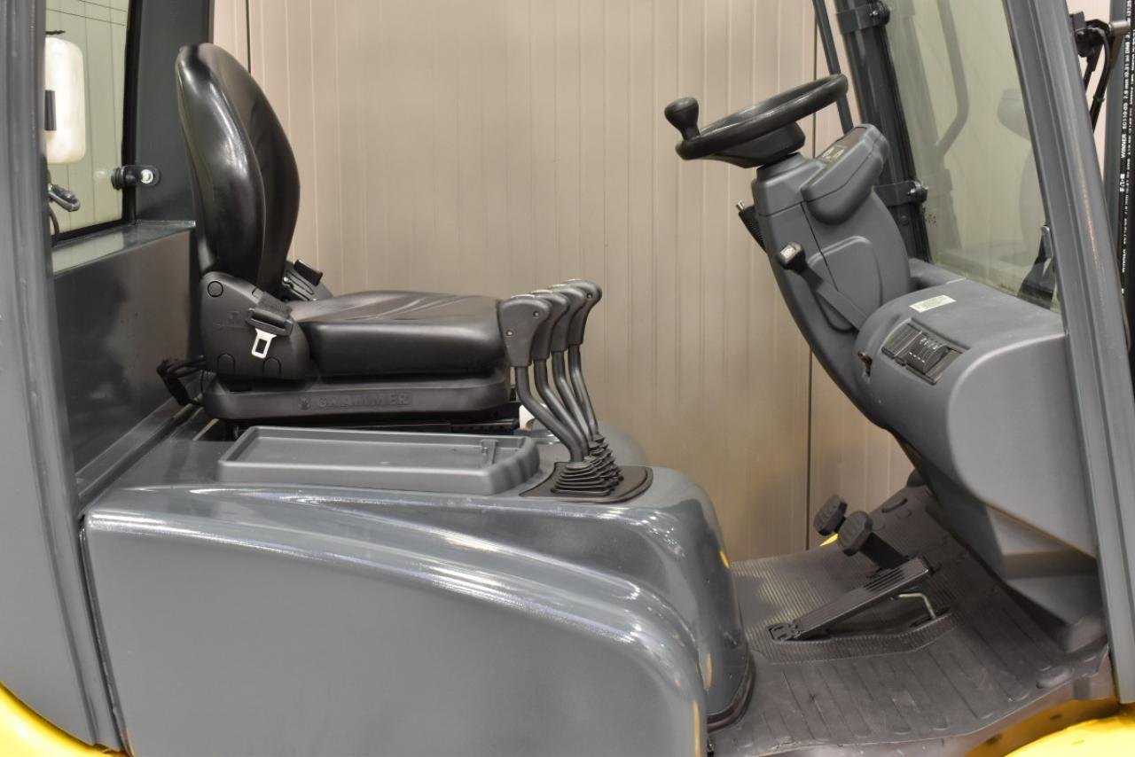JUNGHEINRICH DFG 425 - Diesel, 2012, polokabina, BP+HSV, volný zdvih, Triplex