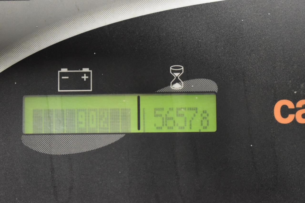 27563 CARER Z 60 KN - AKU, 2010, polokabína, BP+HNV, voľný zdvih, TRIPLEX, iba 5684 mth