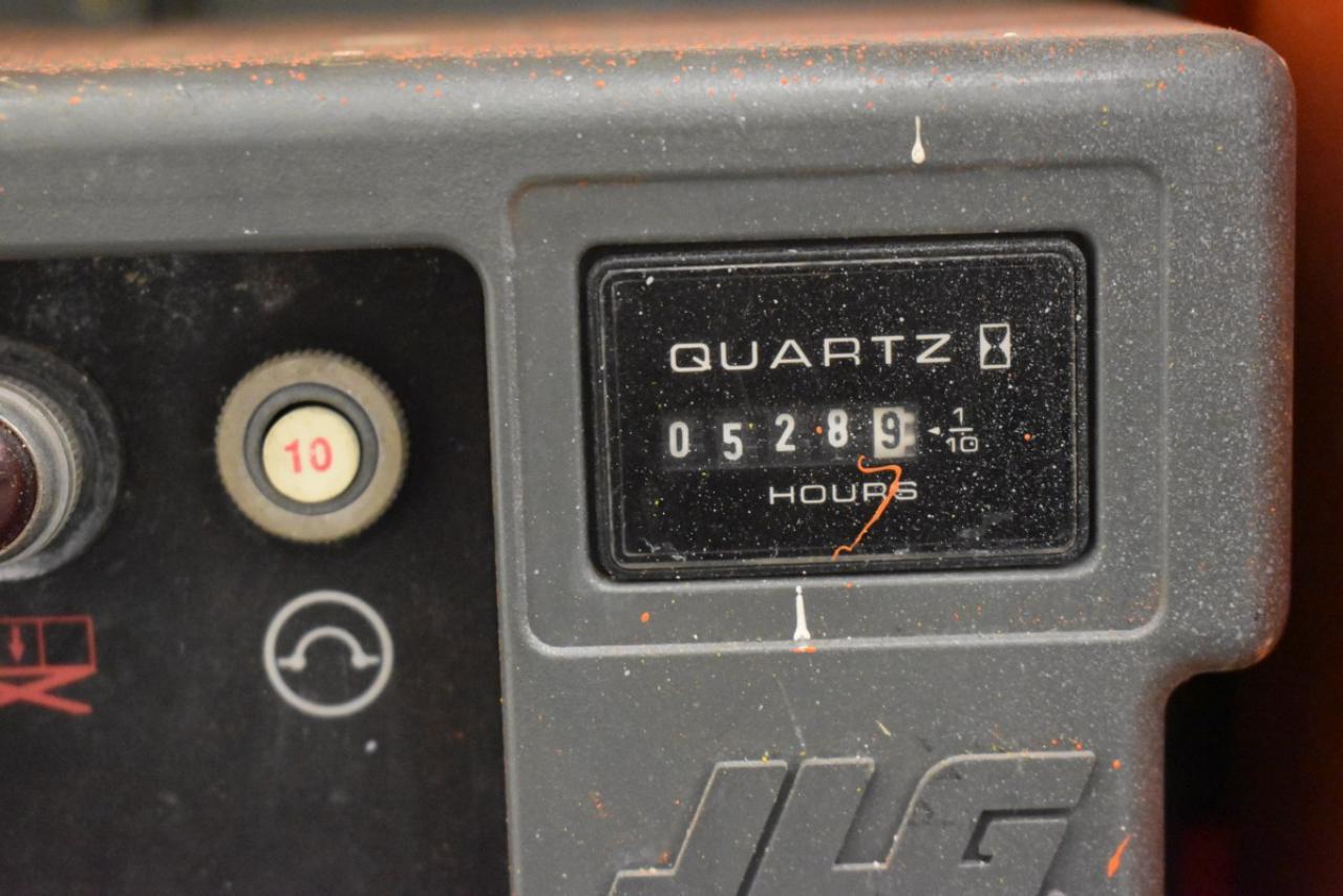 28551 JLG 2030 ES - AKU, 2008, pouze 5335 mth,  V PRONÁJMU