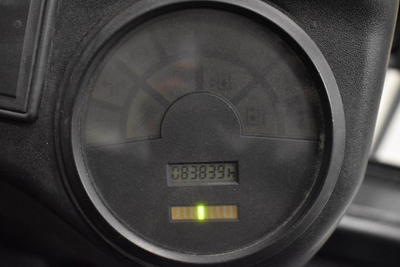 30528 LINDE E 18 P-02 - AKU, 2002, BP, volný zdvih, Triplex