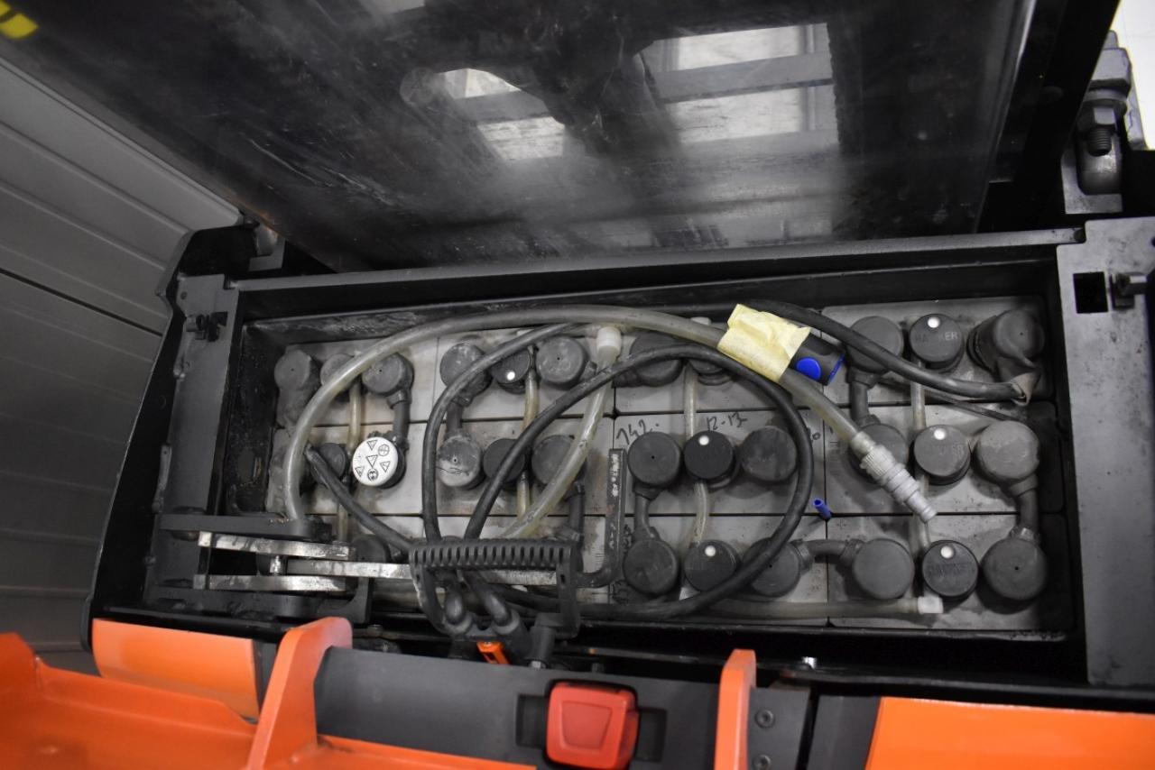 30787 BT SWE 120 L - AKU, 2011, volný zdvih + přízdvih, Triplex, pouze 3385 mth