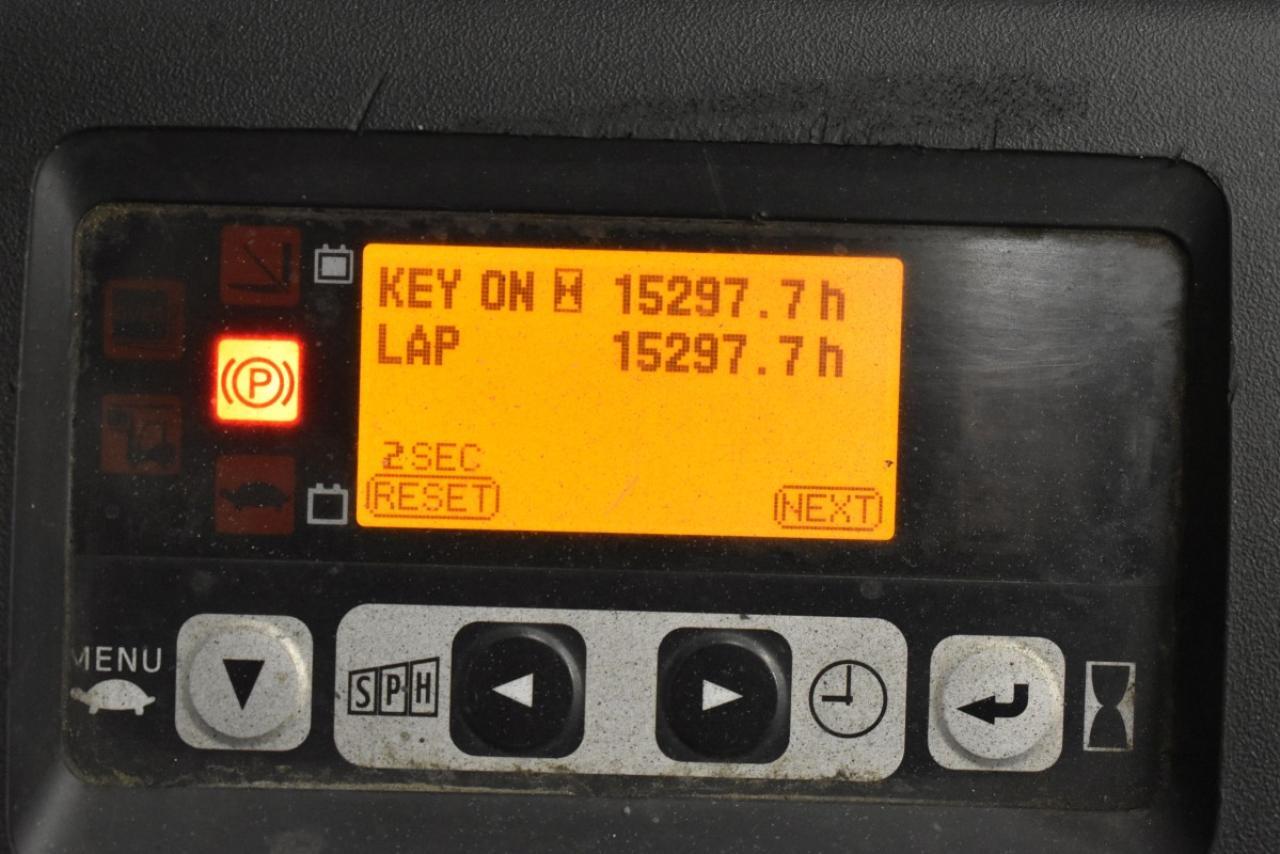 30795 TOYOTA 8FBMT20 - AKU, 2011, BP+HSV, volný zdvih, Triplex