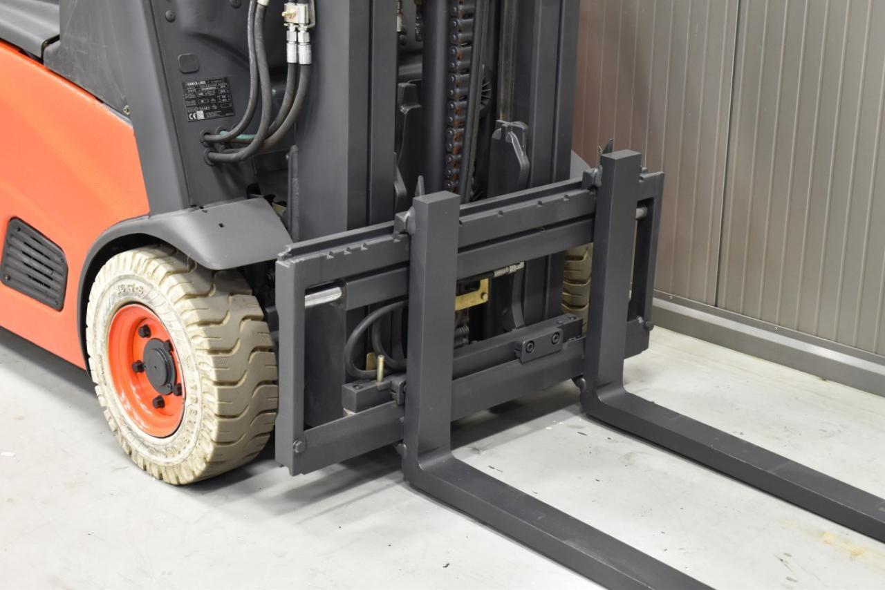 30815 LINDE E 14-01 - Battery, 2013, SS, free lift, TRIPLEX