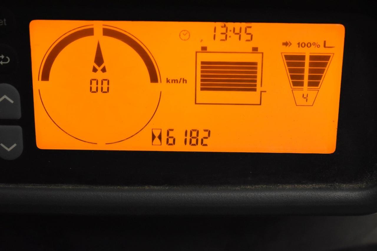 30935 JUNGHEINRICH EFG 218 - AKU, 2015, BP, pouze 6180 mth