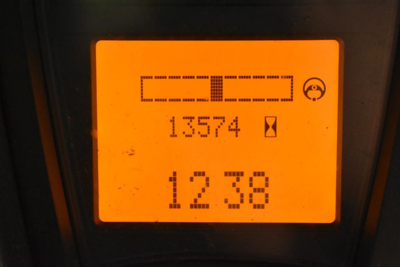 31054 LINDE E 12-01 - AKU, 2011, BP, volný zdvih, Triplex