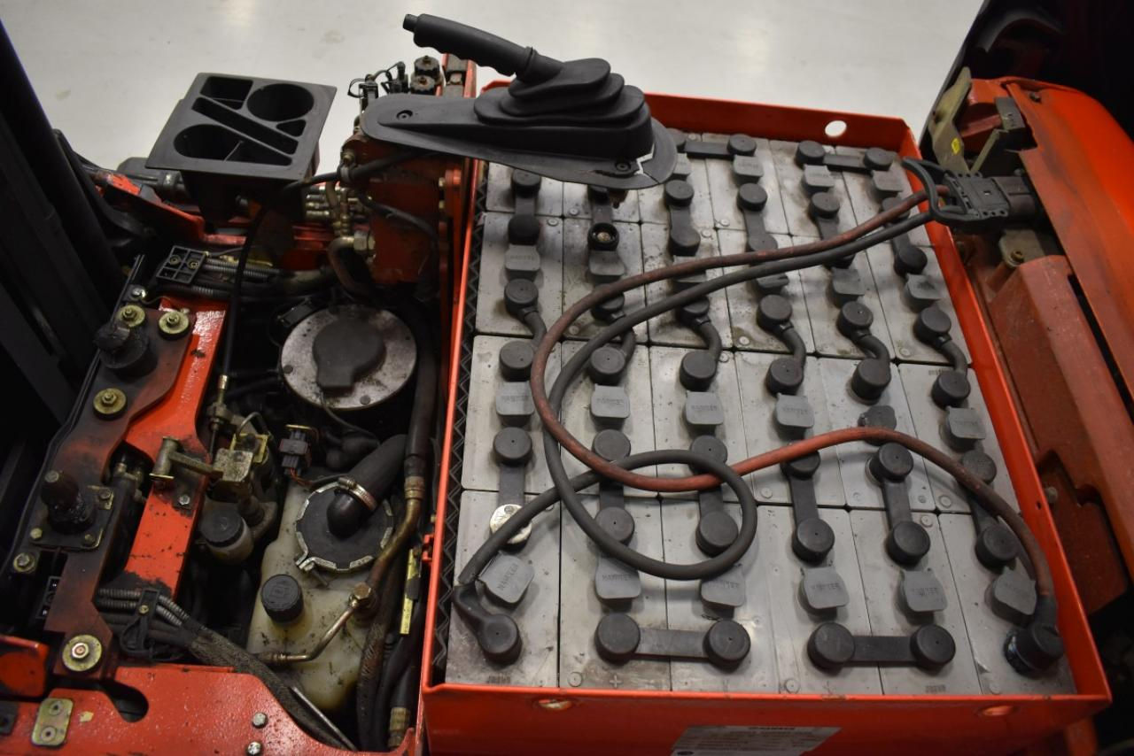 31101 LINDE E 16 C-02 - AKU, 2004, BP, volný zdvih, Triplex, pouze 6176 mth