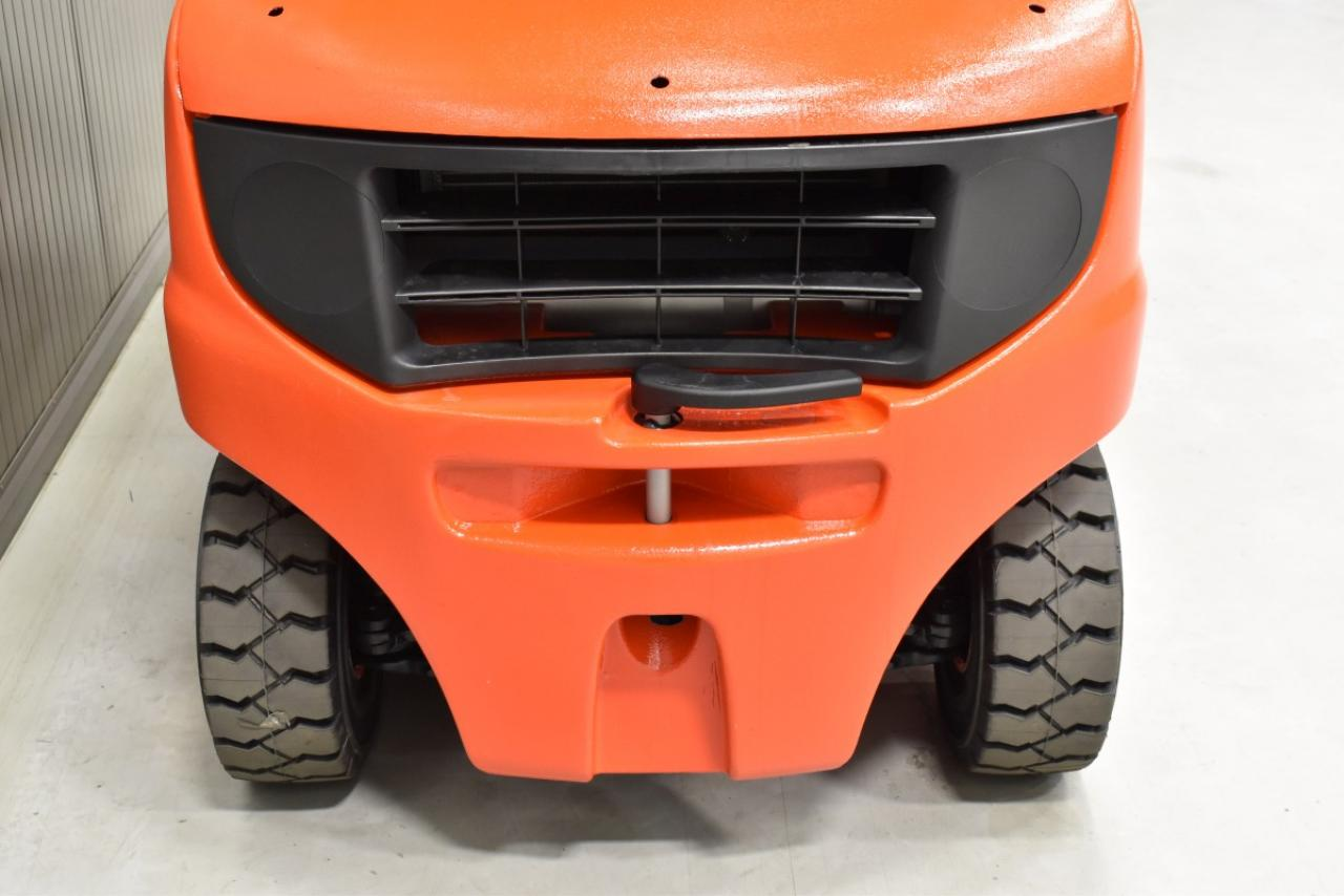 31342 LINDE H 20 D-01 - Diesel, 2013, Kabina, BP, volný zdvih, Triplex, pouze 7705 mth
