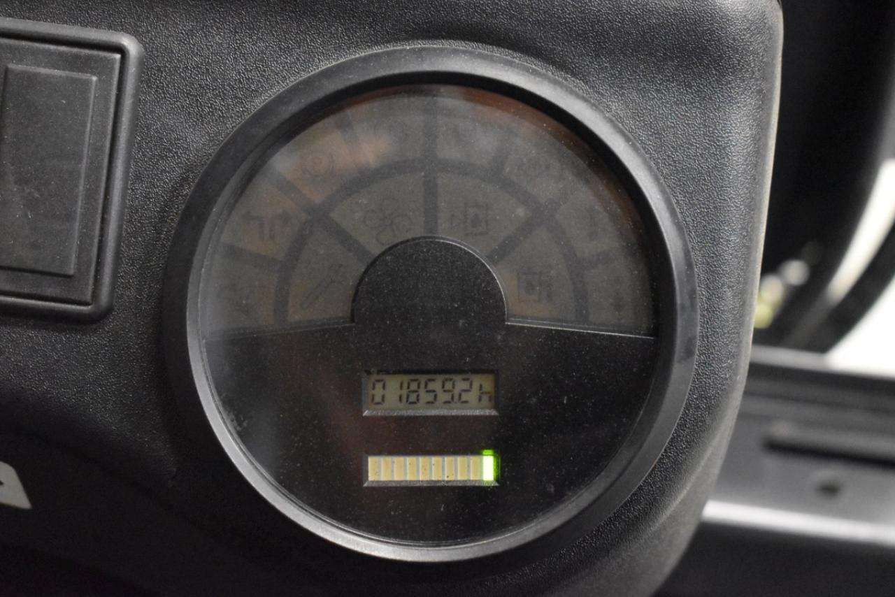 31354 LINDE E 20 P-02 - AKU, 2005, BP, volný zdvih, Triplex, pouze 1859 mth, BAT 2010