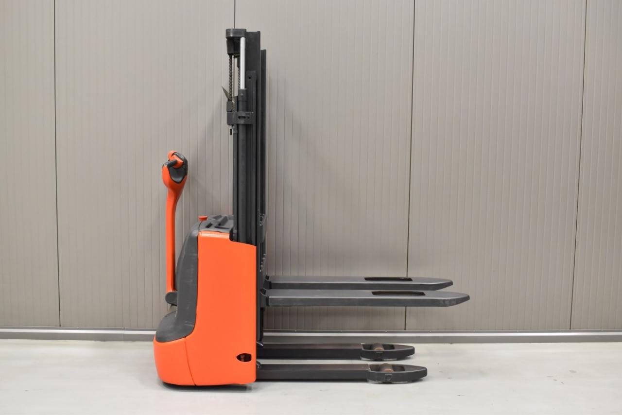 31918 LINDE L 10 B - Battery, 2015, only 1353 hrs