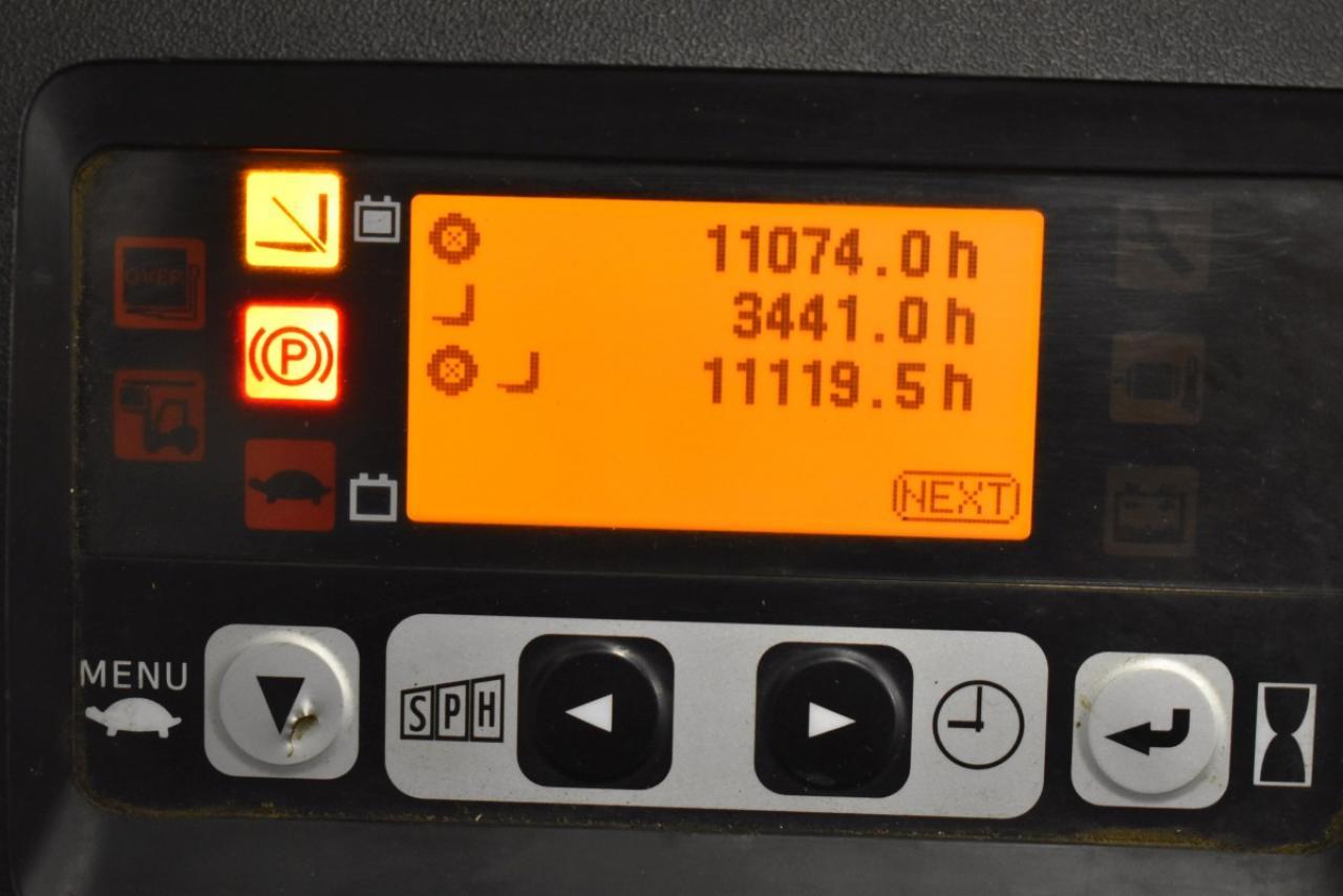 32088 TOYOTA 8FBMT16 - AKU, 2014, BP, Drive-in, volný zdvih, Triplex
