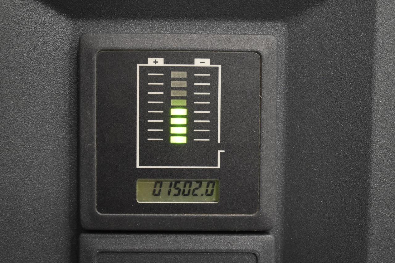 32106 JUNGHEINRICH EJC 212 - AKU, 2012, pouze 1502 mth