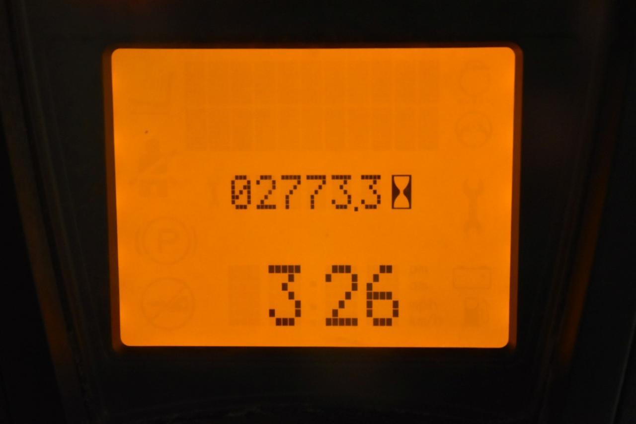 32205 LINDE H 18 D-01 - Diesel, 2017, BP, Volný zdvih, Triplex, pouze 2770 mth