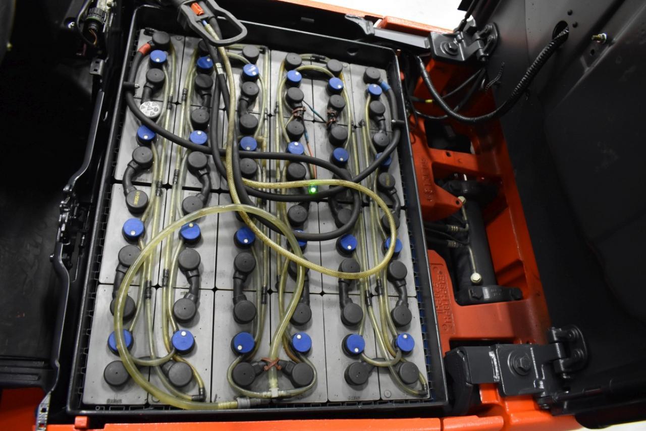 32234 LINDE E 18 PH-01 - AKU, 2011, BP, Volný zdvih, Triplex