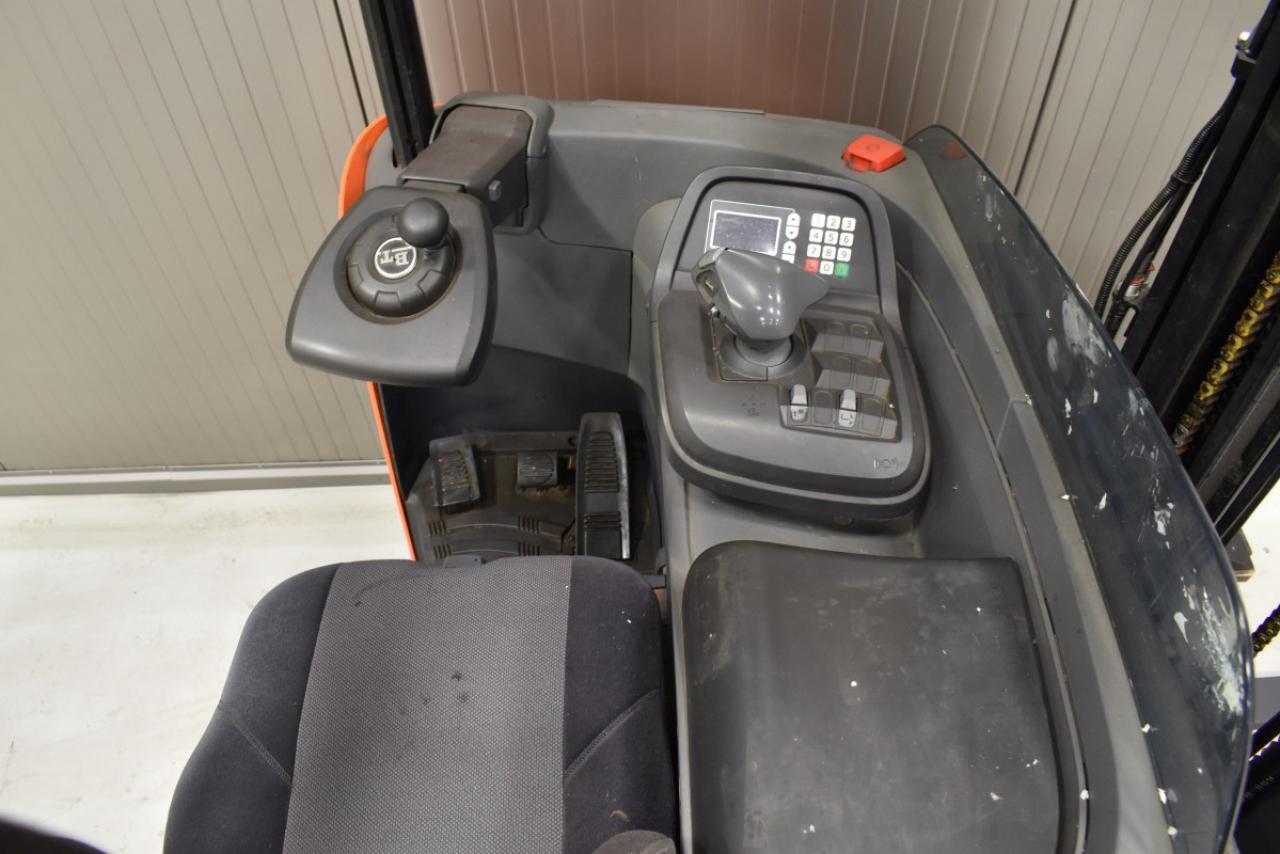 32265 BT RRE 160 - Battery, Reach truck, 2012, SS, Free lift, TRIPLEX