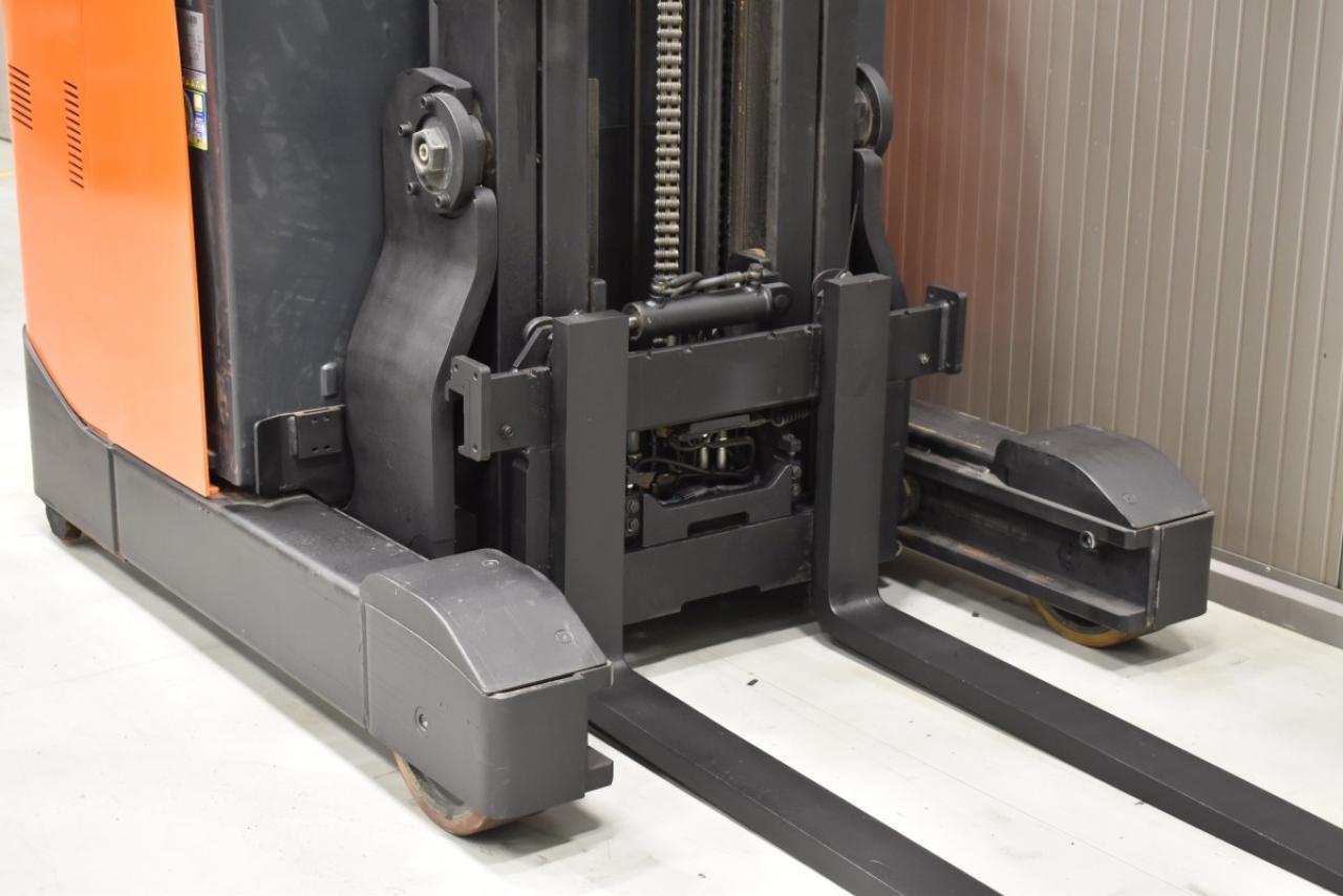 32271 BT RRE 160 - Battery, Reach truck, 2011, SS, Free lift, TRIPLEX
