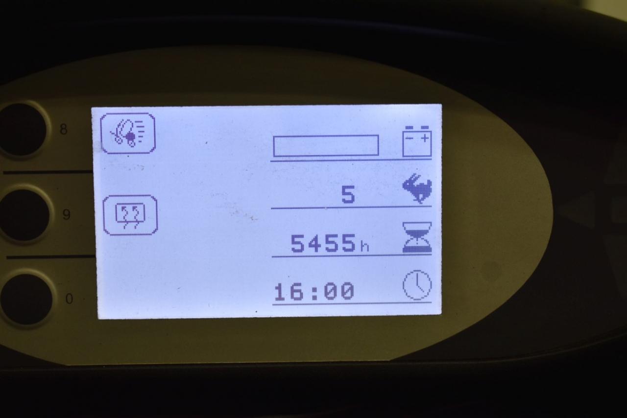 32556 STILL RX 60-40 - Battery, 2013, Cabin, SS, only 5454 hrs, BATT 2015