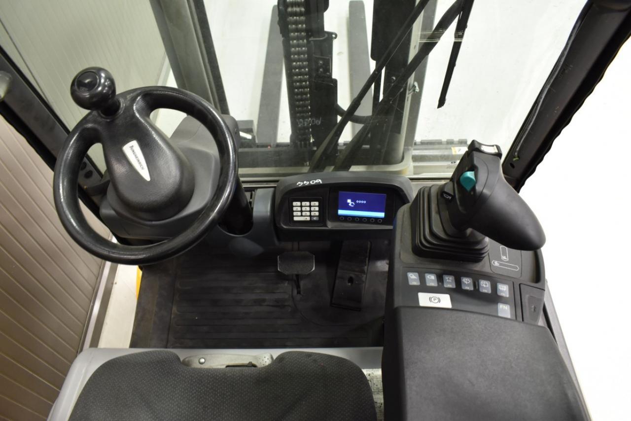 32784 JUNGHEINRICH EFG 213 - Battery, 2017, semi-cabin, SS, Free lift