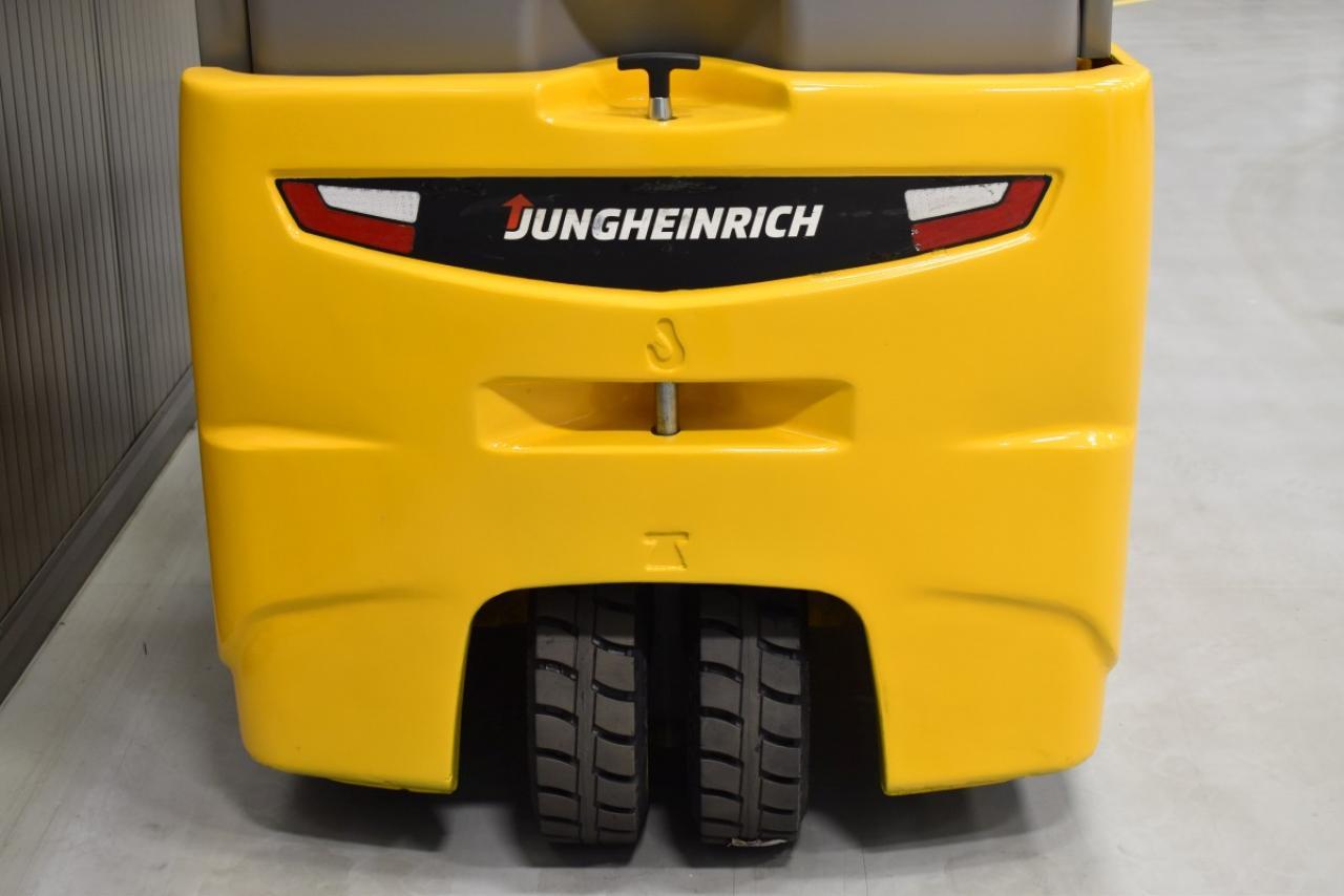 32794 JUNGHEINRICH EFG 216 K - Battery, 2016, SS, Free lift