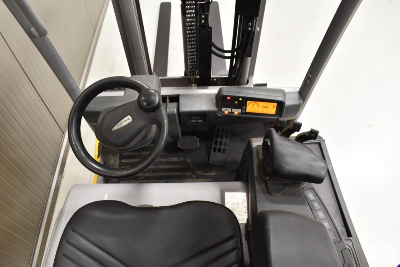 32796 JUNGHEINRICH EFG 216 K - Battery, 2016, SS, free lift