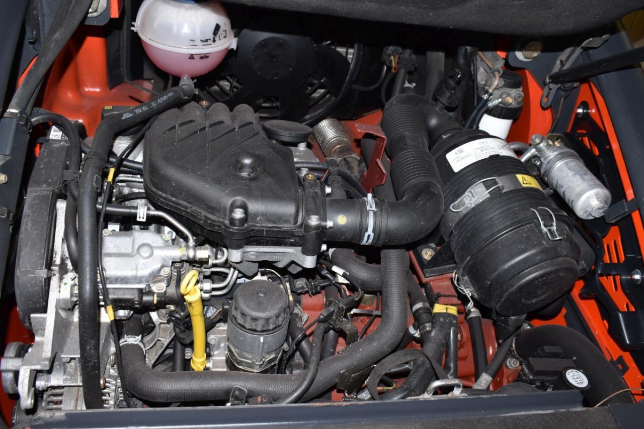32821 LINDE H 25 D-02 - Diesel, 2014, BP, Volný zdvih, Triplex