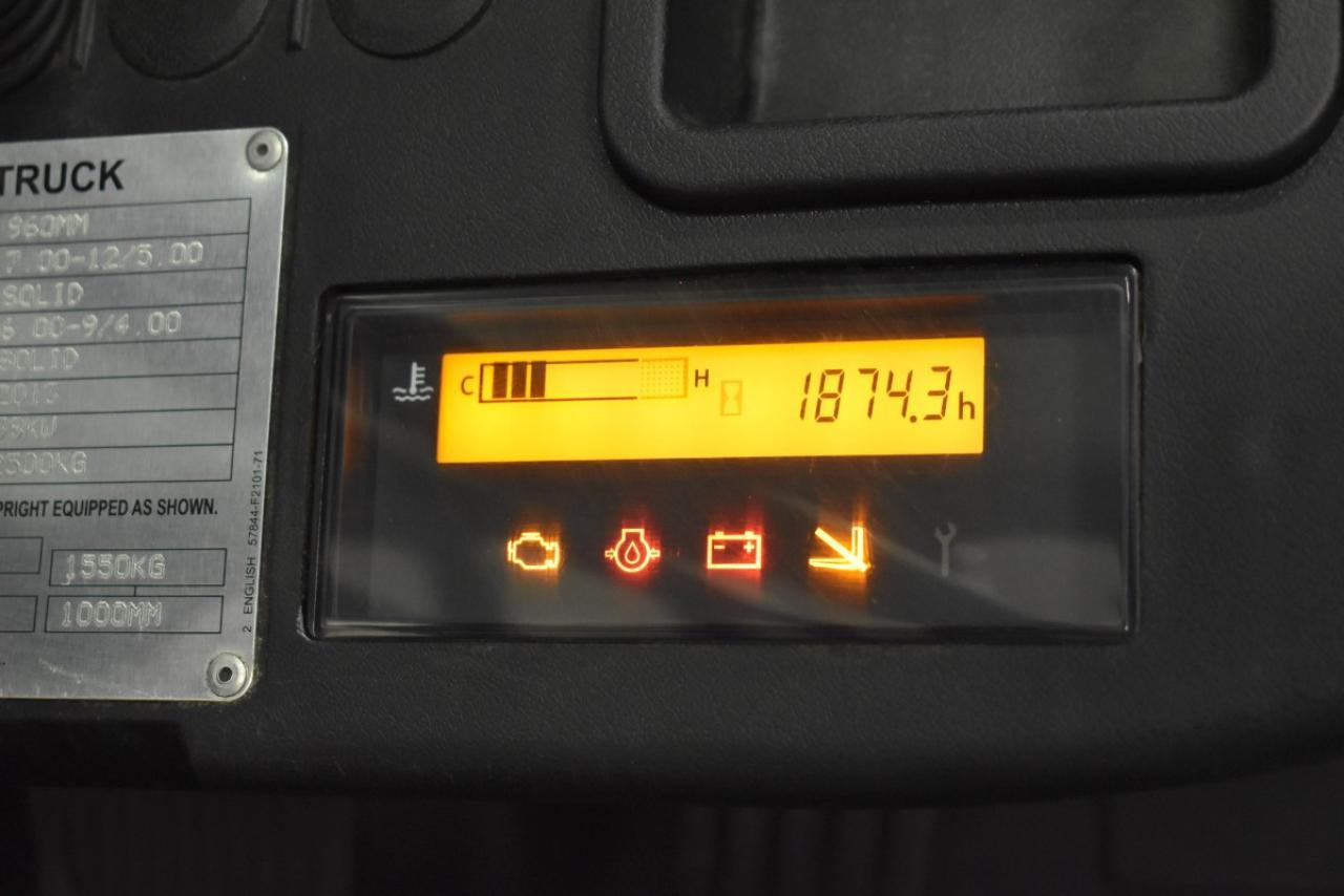 33098 TOYOTA 02-8FGF25 - LPG, 2013, polokabina, BP, pouze 1874 mth