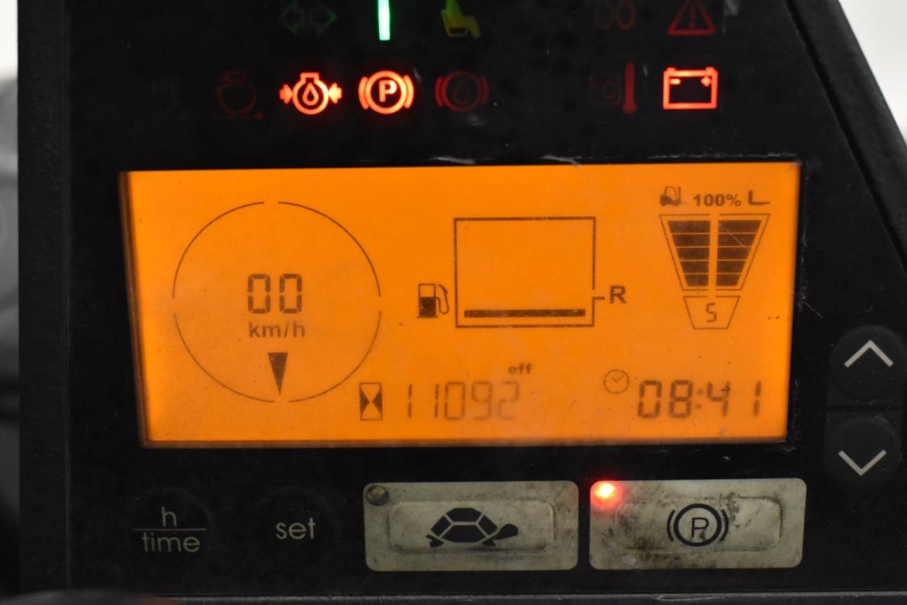 33278 JUNGHEINRICH TFG 435 S - LPG, 2013, Cabin, SS, Free lift, TRIPLEX