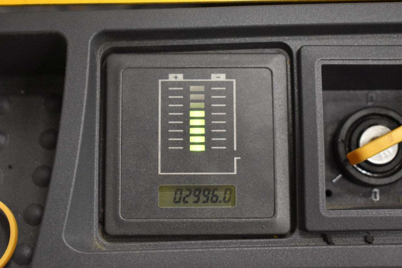 33285 JUNGHEINRICH EJC 216 - AKU, 2013, pouze 2996 mth, BAT 2019