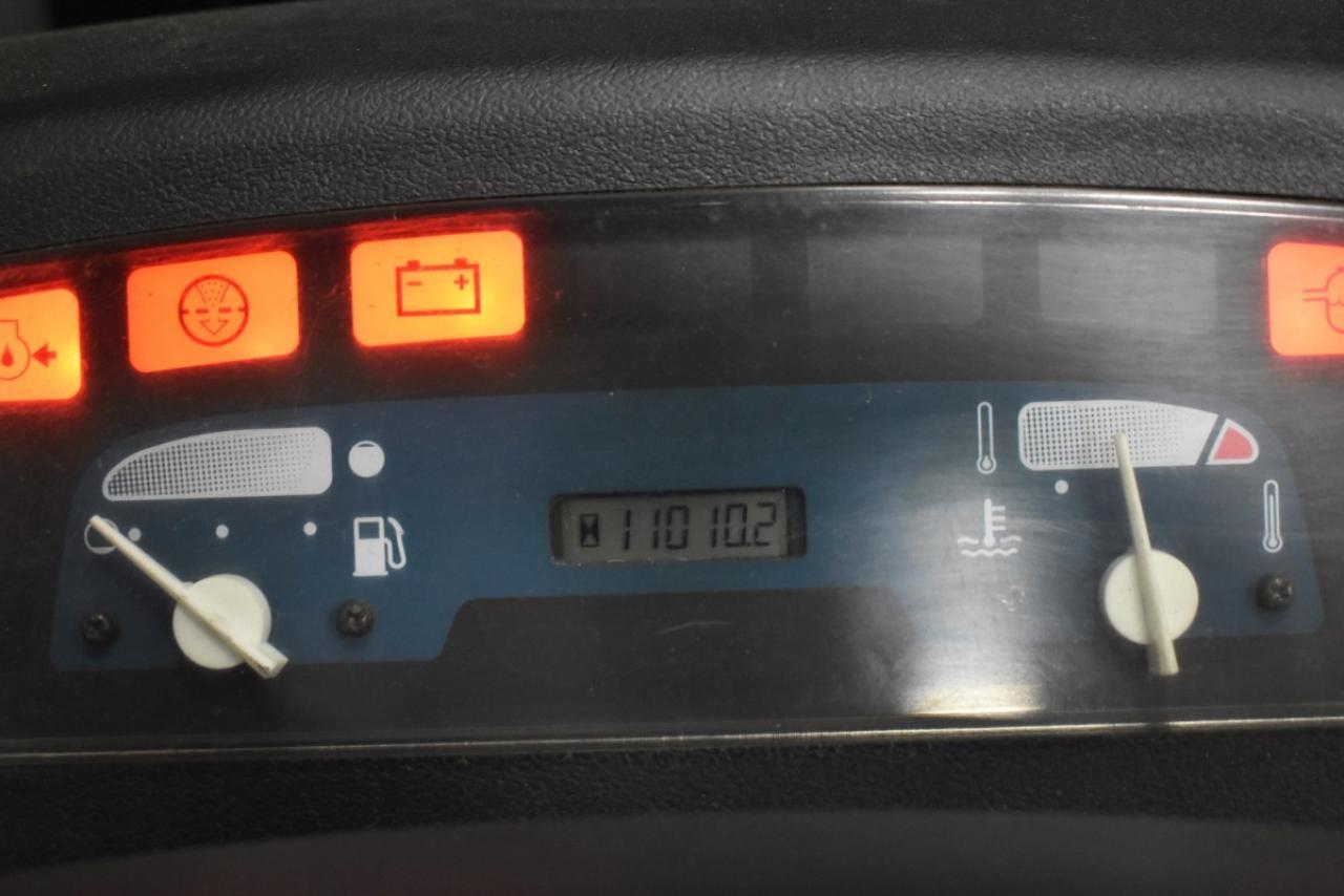 33320 TOYOTA 02-7FD35 - Diesel, 2003, semi-cabin, SS+FP