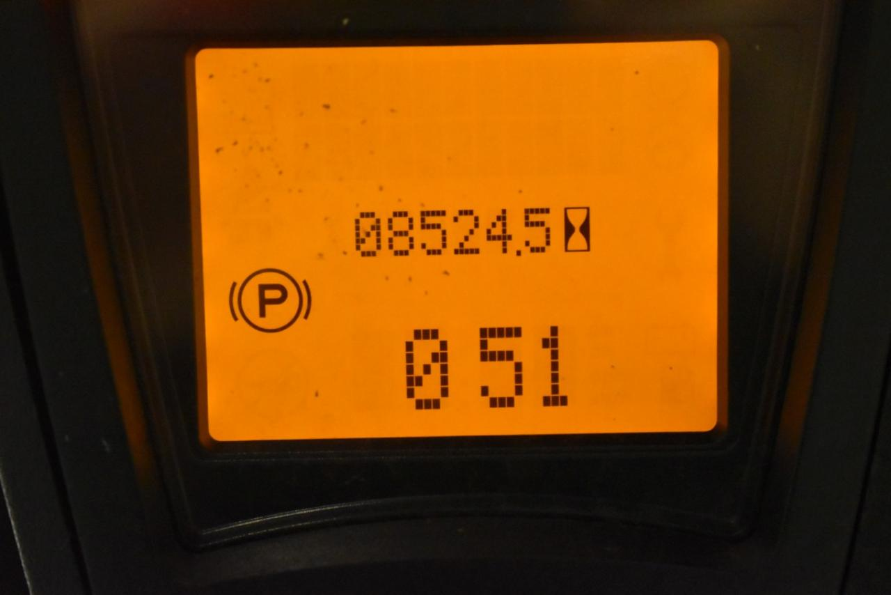 33537 LINDE H 30 D-02 - Diesel, 2015, zvýšená kabina, BP