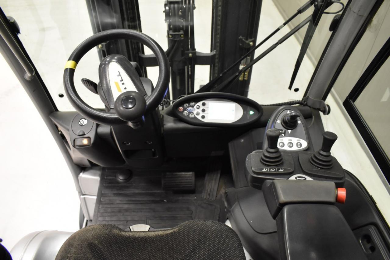 33566 STILL RX 20-20 P/H - Battery, 2014, Cabin, SS+FP, Free lift, TRIPLEX