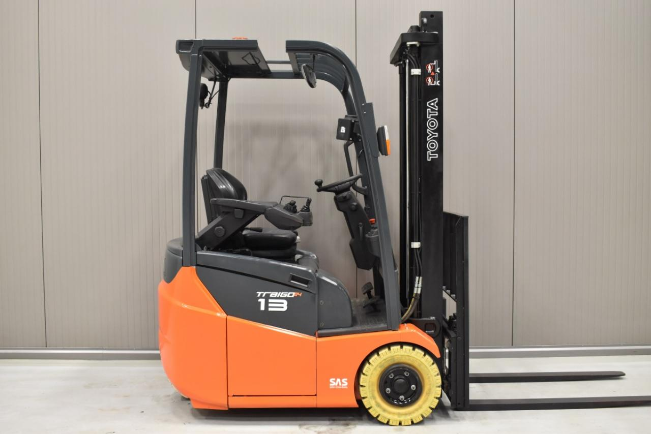 33621 TOYOTA 7FBEST13 - Battery, 2016, SS, Free lift, only 5380 hrs