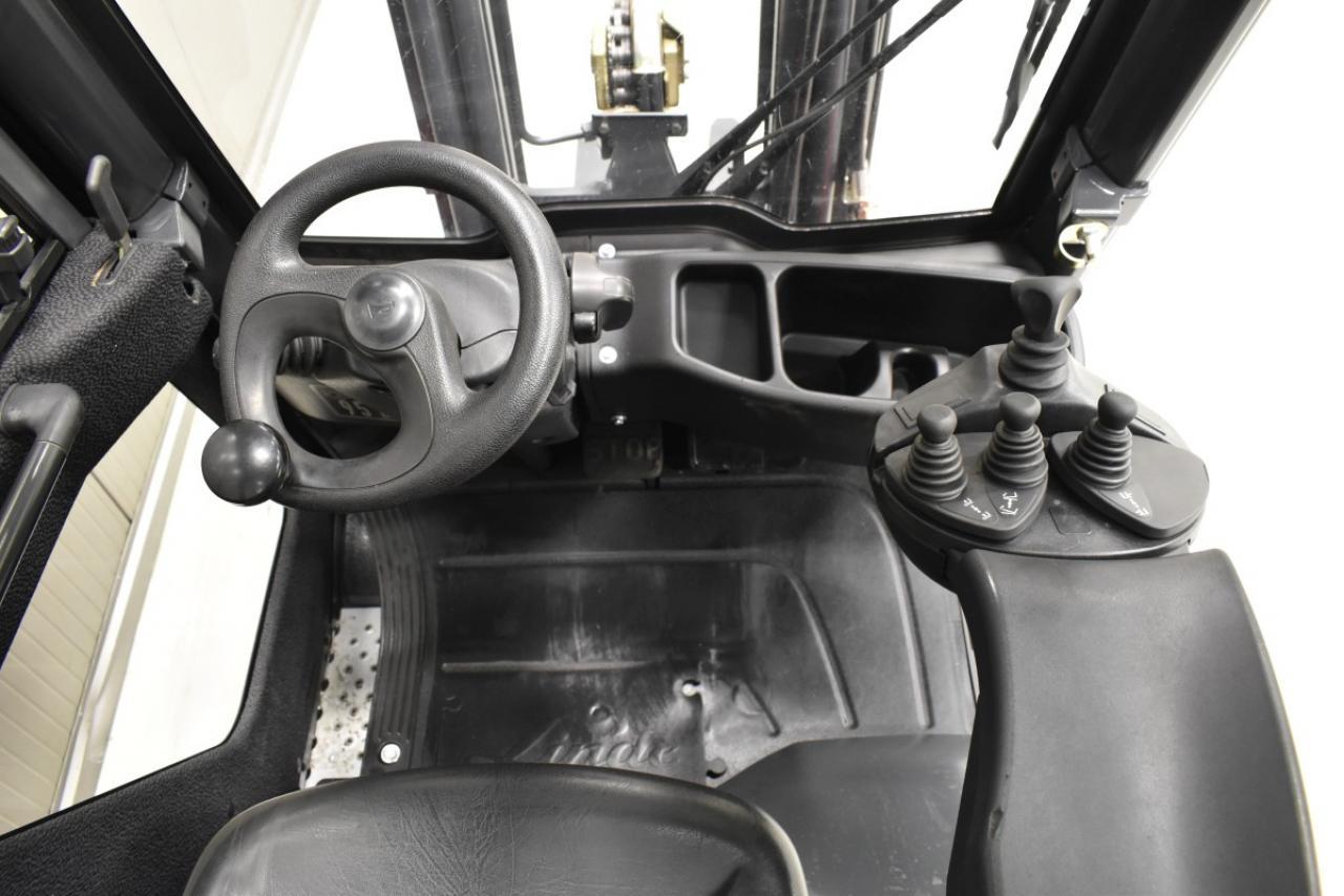 33978 LINDE H 16 T-01 - LPG, 2014, Kabina, BP, Volný zdvih, Triplex