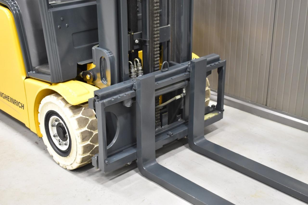 34149 JUNGHEINRICH EFG 213 - Battery, 2014, SS, Free lift
