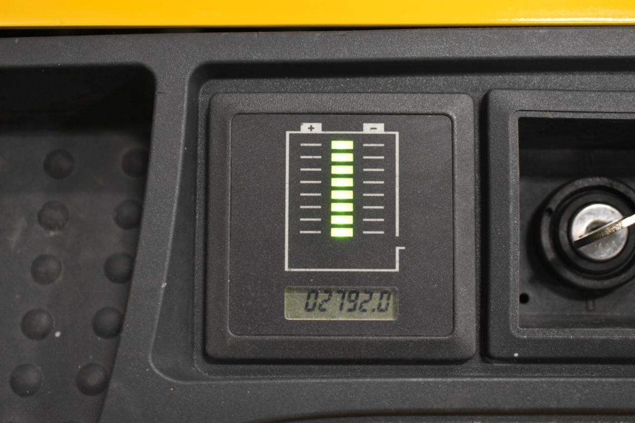 34238 JUNGHEINRICH EJC 214 - AKU, 2013, Volný zdvih, Triplex, pouze 2792 mth