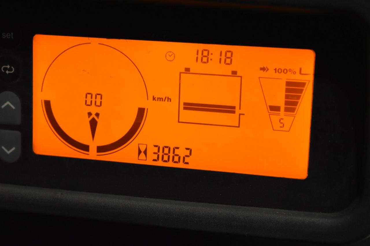 34251 JUNGHEINRICH EFG 216 K - AKU, 2012, BP, Volný zdvih, Triplex, pouze 3861 mth