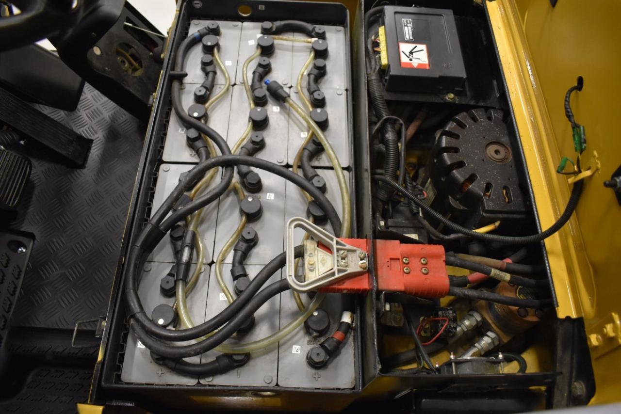 34398 CATERPILLAR EP 12 KRT-PAC - Battery, 2009, SS, Free lift, TRIPLEX, only 6650 hrs, BATT 2015