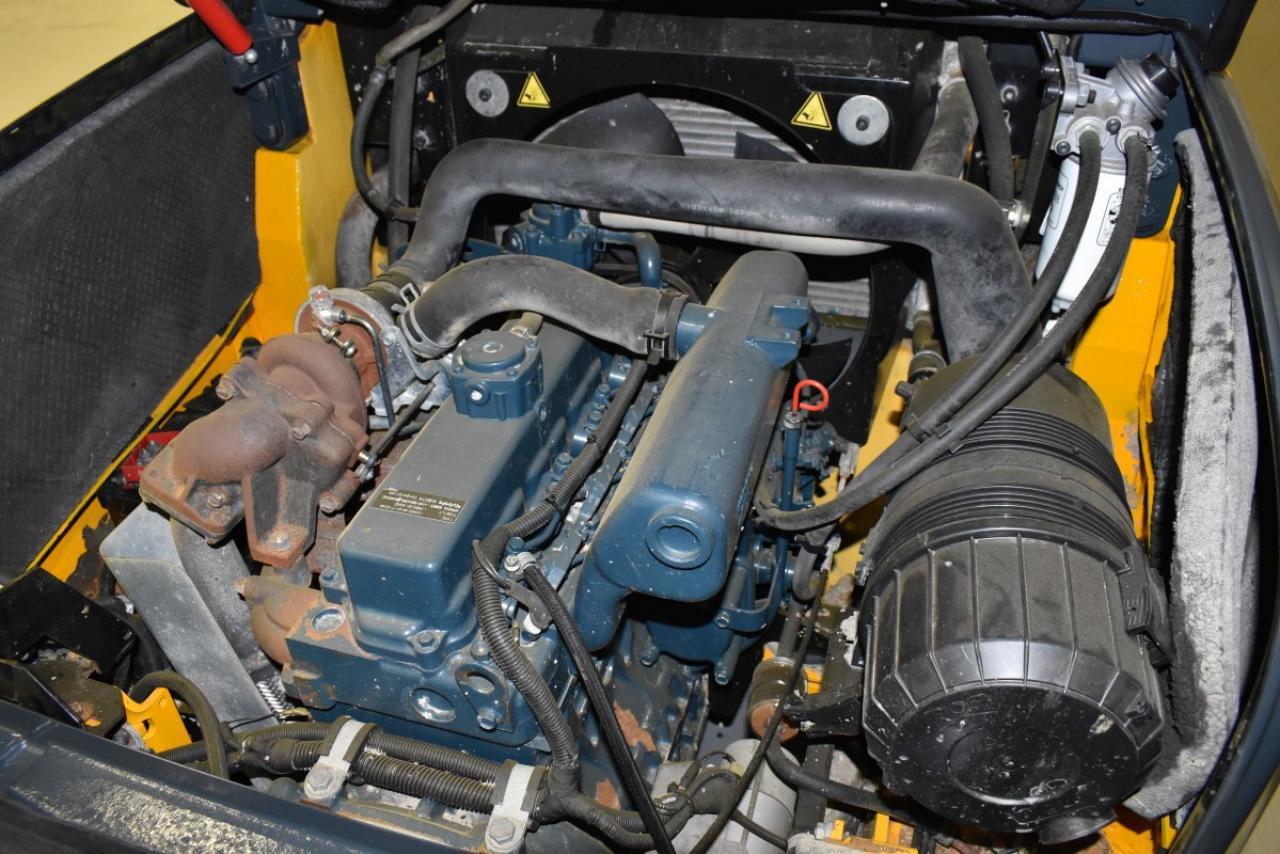 34434 JUNGHEINRICH DFG 425  - Diesel, 2014, BP, Volný zdvih, Triplex, pouze 7197 mth