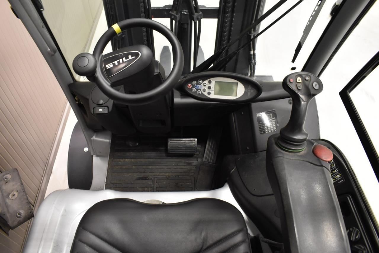 34581 STILL RX 60-25 - Battery, 2010, Cabin, SS+FP, Free lift, TRIPLEX, BATT 2019