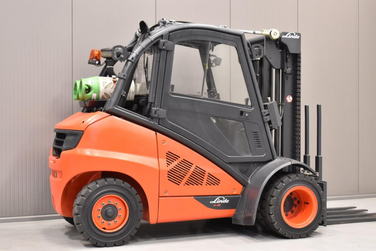 34653 LINDE H 40 T-01 - LPG, 2012, semi-cabin, SS, only 4922 hrs