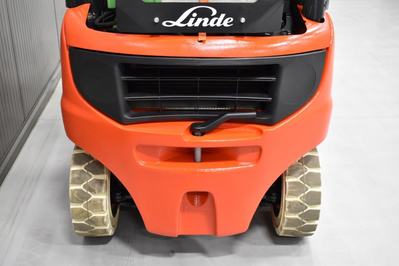 36074 LINDE H 18 T-01 - LPG, 2013, BP+HSV, Volný zdvih, Triplex
