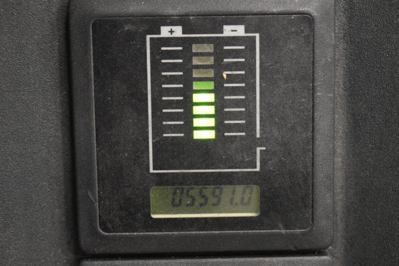 36588 JUNGHEINRICH EJC 216 - AKU, 2010, pouze 5591 mth