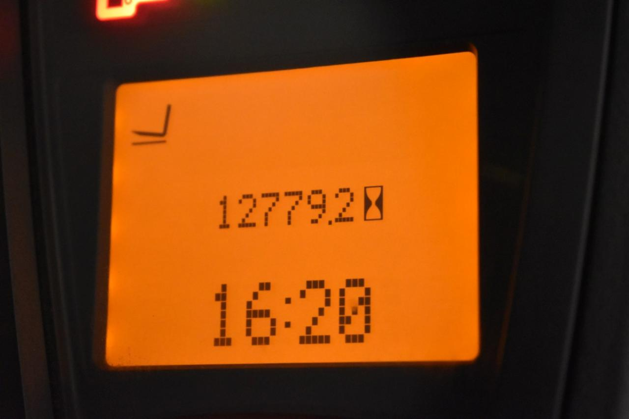38486 LINDE H 18 T-01 - LPG, 2013, Kabina, BP+HSV, Volný zdvih