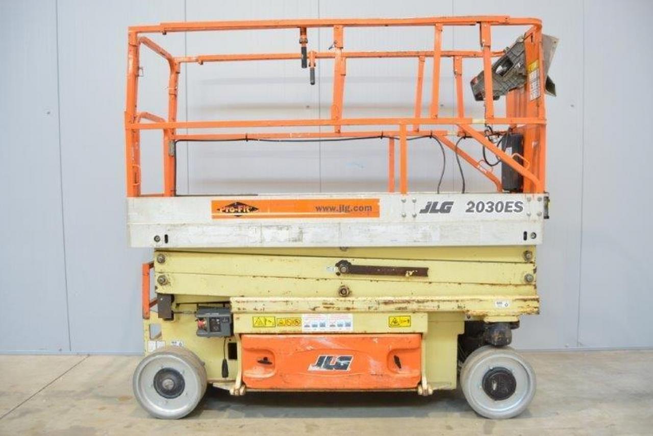 11774 JLG 2030ES - AKU, 2006
