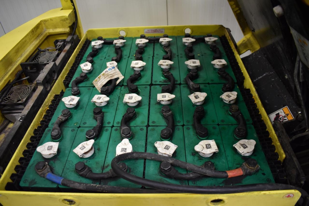25252 HYSTER E 2.00 XMS - AKU, 2008, BP, volný zdvih, Triplex, pouze 3932 mth