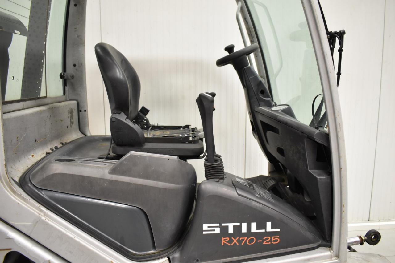 25796 STILL RX 70-25 T - LPG, 2007, polokabina, BP, Volný zdvih, Triplex