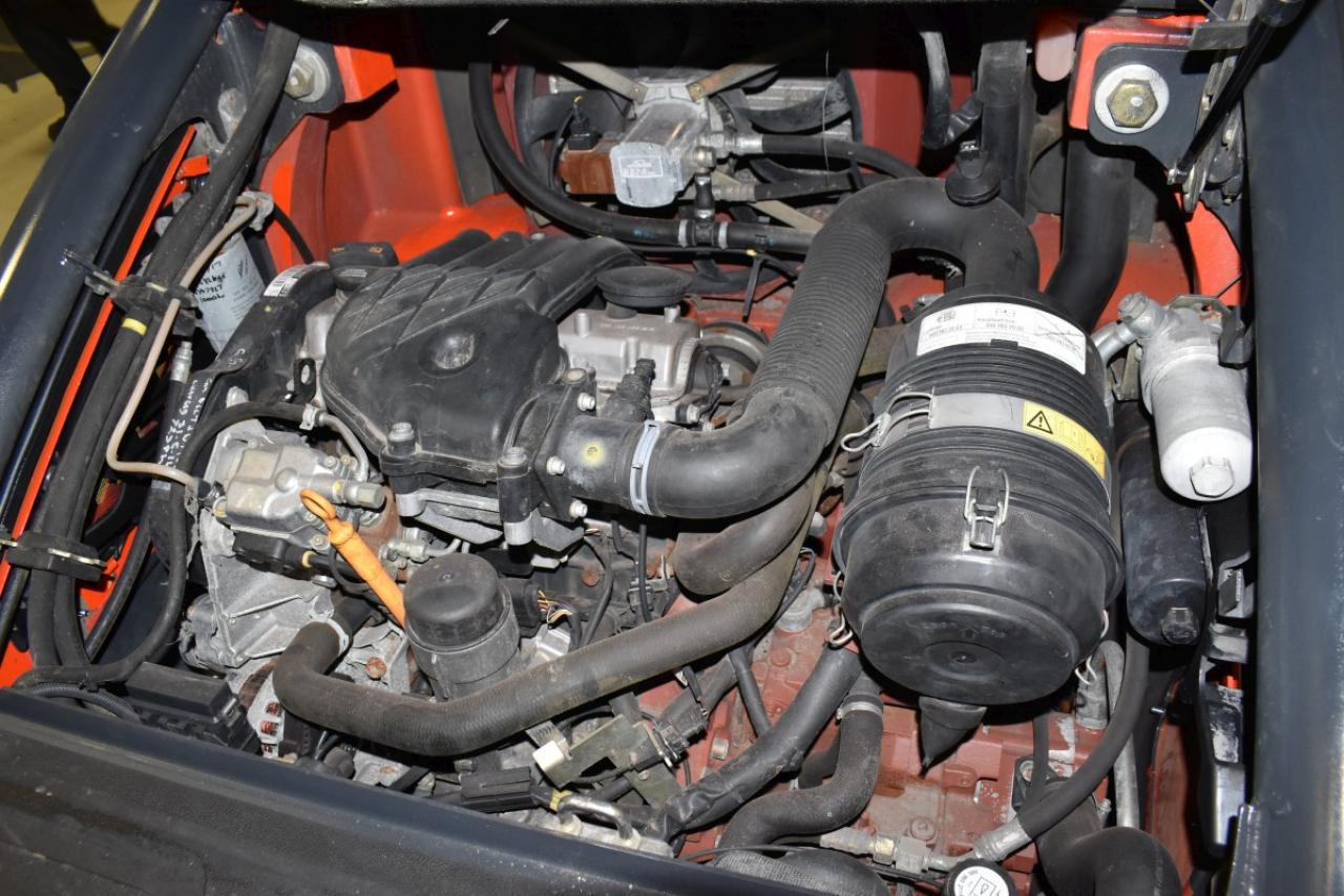 26013 LINDE H 20 D-01 - Diesel, 2011, BP, volný zdvih, Triplex