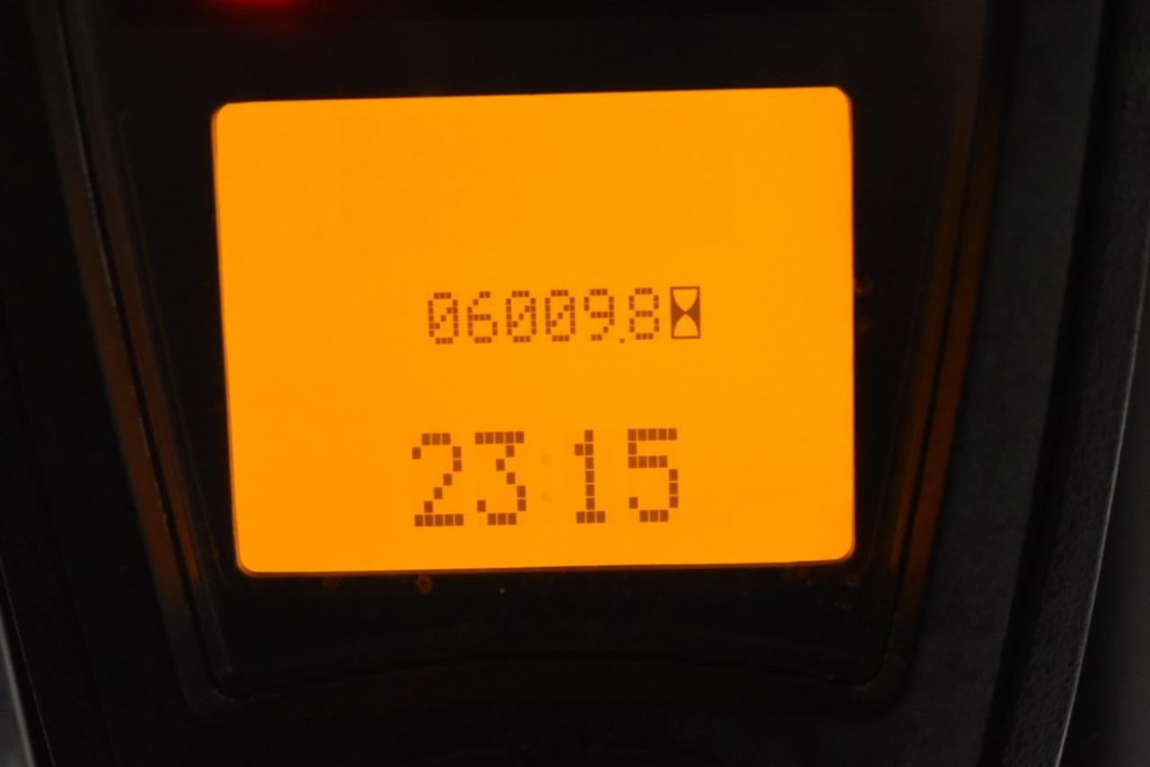 27392 LINDE H 40 T - LPG, 2009, polokabina, BP, pouze 6006 mth