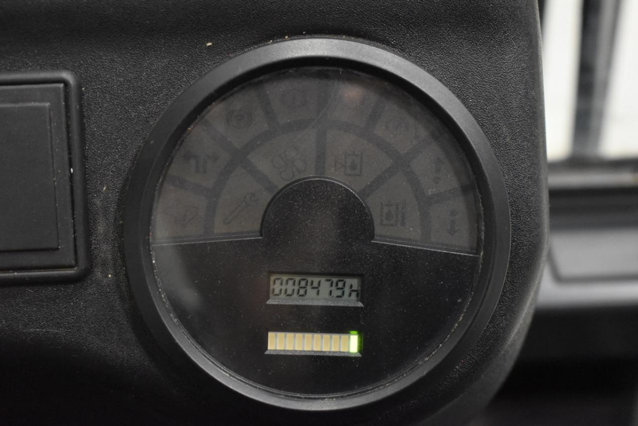 28106 LINDE E 14-02 - AKU, 2005, polokabina, BP, volný zdvih, pouze 847 mth